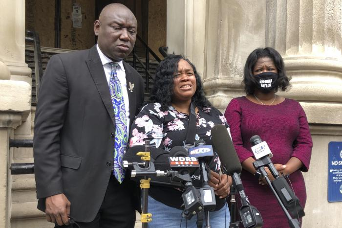 Tamika Palmer, mother of Breonna Taylor, addresses the media in Louisville, Ky.